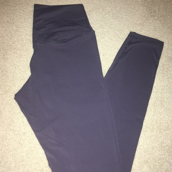 4201a380395d6 Colorfulkoala leggings size small. M_5c3f568abaebf6fe1b3e06c7